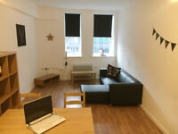 **SHORT TERM SUMMER ACCOMMODATION** - 1ST JULY TO 1ST SEPTEMBER ONLY - FROM £68PPPW - FLAT HOUSE