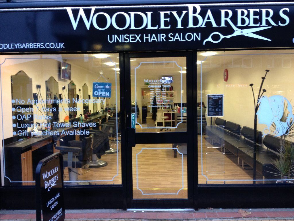 Full / Part time Hairdressers Required in Woodley, Reading