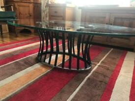 Coffee table glass/metal
