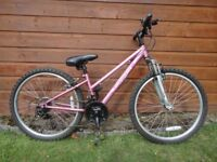 Apollo vivid girls bike, suit age 9 to 12 years, 24 inch wheels, 18 gears, front suspension
