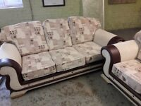 X2 SET OF 3 SEATER SOFAS WITH X2 1 SEATER SOFA CHAIRS FREE !! ~ ALMOST NEW ~ 4 PC SUITE ONLY £300 !!