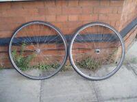 SET OF 27inch Steel Wheels, with Marathon Schwalbe tyres(mint)+inner tubes