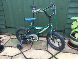 Young boys bike, green age 3-6 years with stabilisers