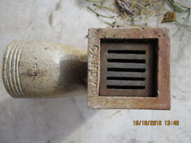 2no 4 inch EARTHENWARE GULLEYS