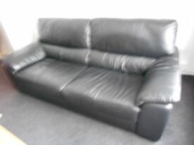 SETTEE 3 SEATER AND 2 SEATER BLACK LEATHER AS NEW