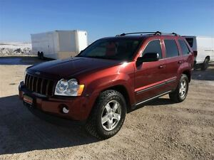 2007 Jeep Grand Cherokee Laredo Package ***Professionally Servic