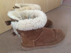 Ugh boots size 5.5