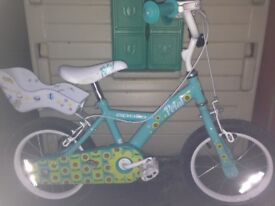 Girls starter bike for sale, comes with stabilisers