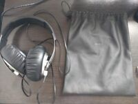 Sony MDRXB700 headphones with original leather bag - perfect condition - RARE DISCONTINUED MODEL
