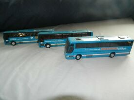 3 MODEL SHEARING COACHES IN MINT CONDITION WITH CASES