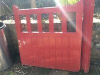 Wooden gate 91x91