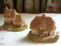 Two Lilliput Lane Cottages, Clover and Pussy Willow