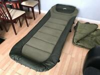 Fox bedchair and trakker sleep system mint