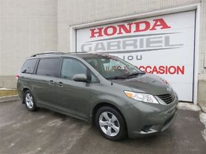 2012 Toyota Sienna LE  7-Passenger V VÉHICULE D'OCCAS