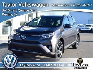 2017 Toyota RAV4 AWD XLE January Sell Off !! Save $2000 !!