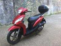 FULLY WORKING 2011 Honda Vision 110cc learner Scooter 110 cc not 125cc 125 cc moped with MOT.