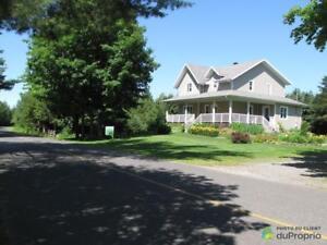 294 500$ - Maison 2 étages à vendre à Lyster