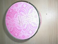new TRYST KISS POWDER IN A PUFF BOXED