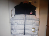 MENS XXL NORTH FACE NUPTSE GILET. BRAND NEW WITH TAGS 100% AUTHENTIC.