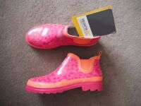 Brand New With Tags Regatta Ladies Ankle Height Wellington Boots Size 6