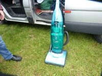 HOOVER DUST MANAGER CYCLONE UPRIGHT VACUMN CLEANER, 1900 W, GOOD CONDITION, BARGAIN £15, CAN DELIVER