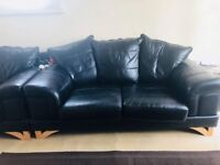 Genuine leather 3+1 sofa! In Immaculate Condition!