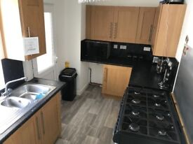 Kitchen units for sale also comes with the cooker