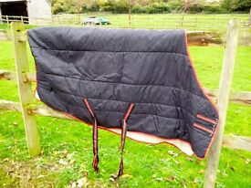 "Stable rug 5'9"" in good condition"