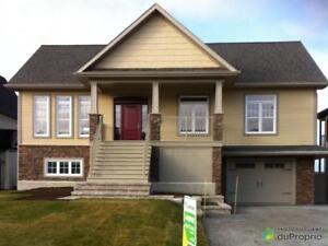 559 000$ - Maison 2 étages à vendre à Rimouski (Rimouski)