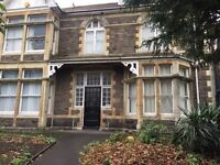 Large Rooms available in Bath Rd Victorian House(Former Bed and Breakfast)with Great Facilities