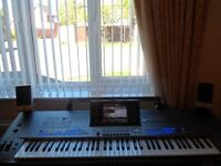 YAMAHA TYROS 5 KEYBOARD 76 NOTES IN PRISTINE CONDITION PLUS EXTRAS