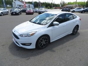 2016 Ford Focus SE LOCAL TRADE!