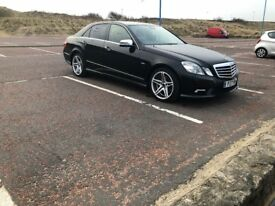 Mercedez Benz E350 in immaculate condition