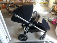 REDUCED: Mamas and Papas Ocarro buggy