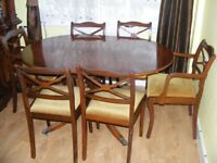 CAN DELIVER - EXTENDED DINING TABLE AND 6 CHAIRS IN GOOD CONDITION