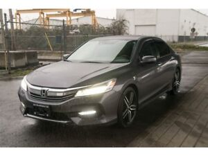 2016 Honda Accord Touring Edition, Leather, Sunroof, Navigation
