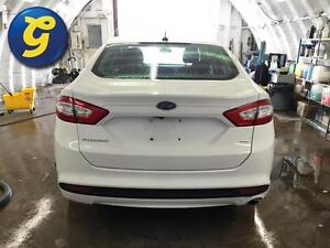 2015 Ford Fusion SE*MICROSOFT SYNC*BACK-UP CAMERA*PHONE CONNECT* Kitchener / Waterloo Kitchener Area image 6