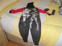 Child's Star Wars onesey - size 4-5 yrs - BHS