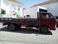 Left hand drive Isuzu NKR 3.3 diesel 6 tyres 5.5 ton truck. Low miles.