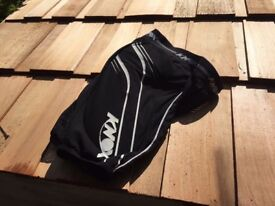 Knox Armoured Shorts - L