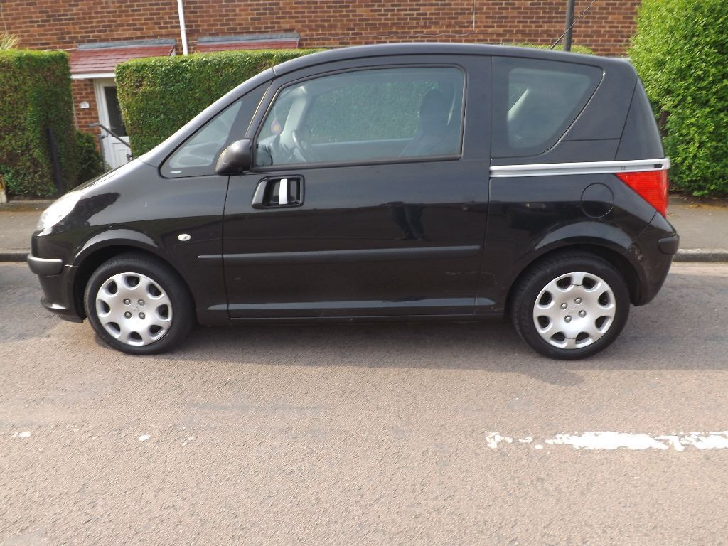 Peugeot 1007 Automatic with Full Service History - BLACK COLOUR