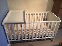 Cotbed with mattress and changer