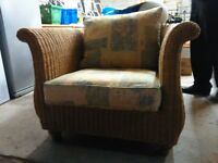 perfect wicker chair and cushions