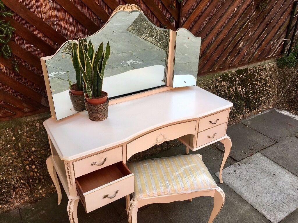 FOR CHARITY! FOR GRENFELL TOWER - 1960s Oak Wood Vanity Dressing Table. Perfect Condition.
