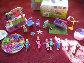 Polly Pocket - Quick Click magnetic set. £20 Collection from Sterte, Poole.