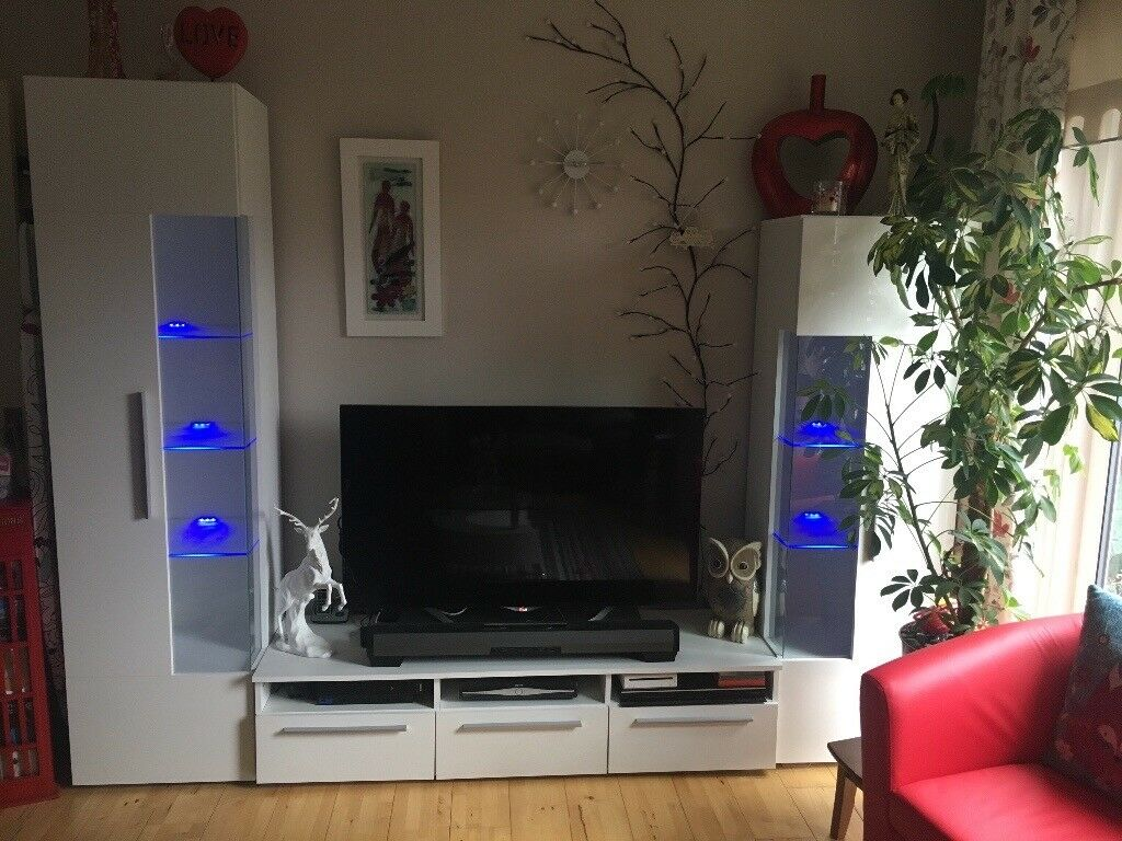 Entertainment Unit With Tv Stand And 2 Side Storage Units In