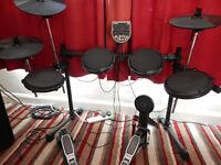 Electronic Drum Kit. Alesis DM6