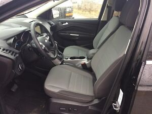 2016 Ford Escape SE - 5 Passenger, Heated Mirrors, 16,555 KMs Edmonton Edmonton Area image 11