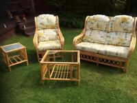 Conservatory furniture set fabulous condition