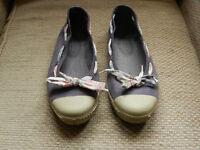 Purple canvas flat shoes size 5